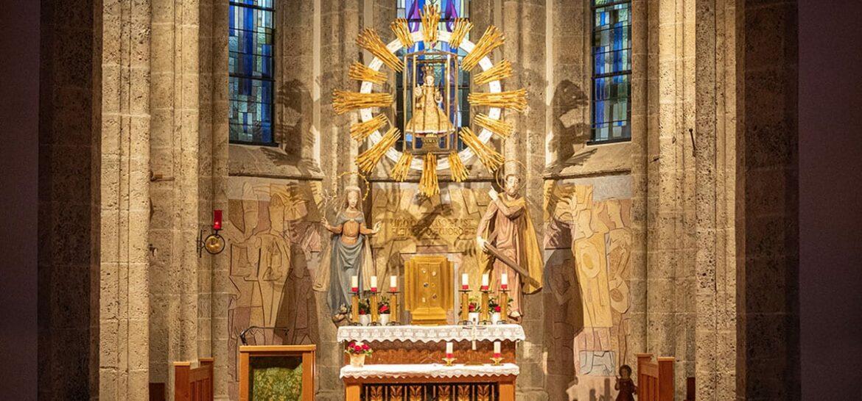 Altarraum - Pfarrkirche Filzmoos